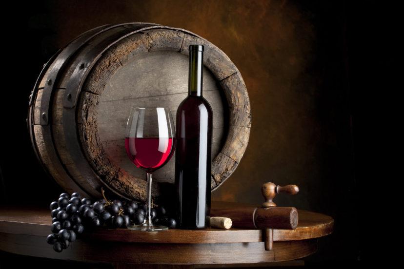 Вино грузинское в бочке